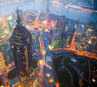クレーン作業員から見た、美しい上海の景色。