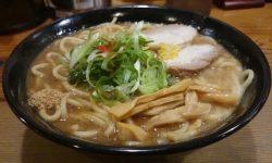 つけ麺本丸 – 名古屋栄の本格魚介系ラーメン! リーズナブルな価格帯で大盛り/特盛りも無料