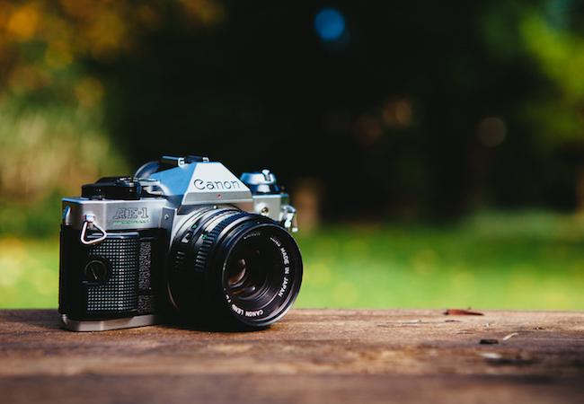 旅行中はスマホの写真バックアップ機能に注意!アプリ毎の確認方法。