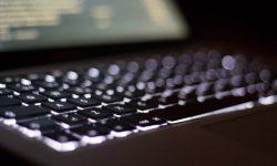 Shady for Mac – ディスプレイ画面の明るさ(輝度)を限界よりさらに暗く調整できるアプリ
