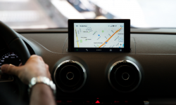 [Android] 車の運転中でも簡単&安全にスマホの音楽を操作できる「Audio Swipe」