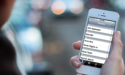 iPhoneの連絡先(電話帳)グループをiCloudで作成する方法