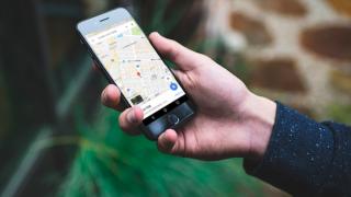 Googleマップで自分の現在の居場所を伝える方法! Map上で待ち合わせ場所を相手に共有できる