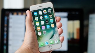 [iOS] iPhoneで着信拒否する設定方法と相手へのアナウンス内容まとめ [ドコモ/au/ソフトバンク]