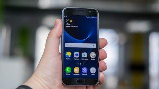 Galaxyスマートフォンの「戻る / タスク」左右ボタンを入れ替え 通常のAndroid標準配置とする方法