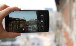 Googleフォトでスマートフォンのデータ通信量やバッテリーに負担の少ない動作とする設定方法
