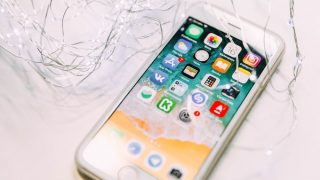 [iOS] LINEの全トークルームの履歴をiCloudに一括バックアップする方法! 新iPhoneに引き継ごう